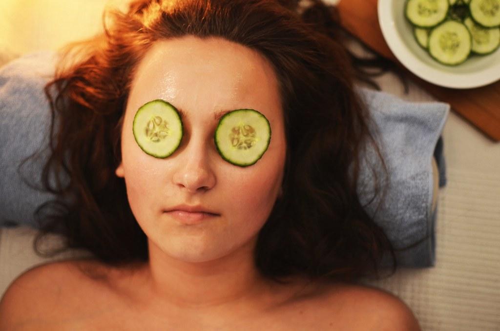 Girl with Cucumber Facial Mask.   no 13 beautyavenue.com